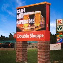 DoubleShoppe-Store-Pylon-Signs