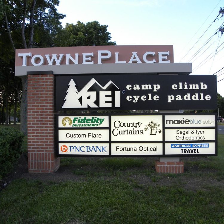 TownePlace-Business-Monument-Signs